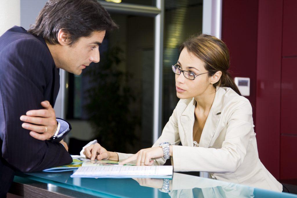 клиентом с начало и беседы знакомство